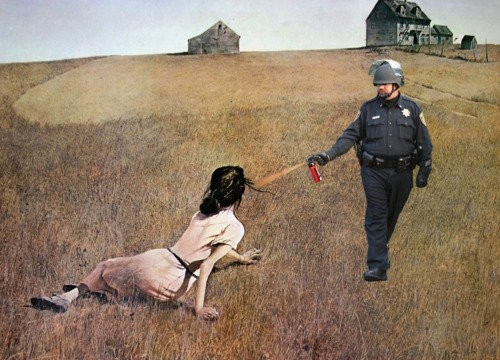 Pepper-spray-cop9